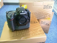Nikon D2X Digital SLR Camera (Body Only)---1200Euro