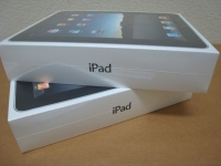 Apple iPad Wifi + 3G - 64GB---450Euro